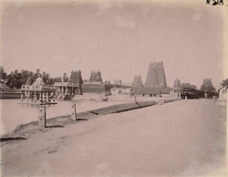 General view from back of Sarangapani and Someshvara Temples, Kumbakonam